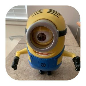 Despicable Me Talking Minion TM Universal Studios